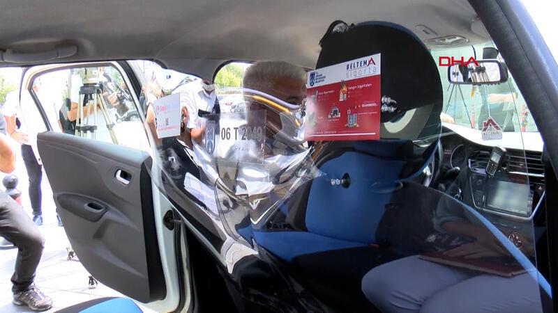 Ankara'da, taksilerde şeffaf panel uygulaması