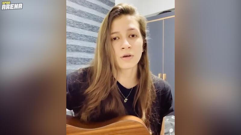 Beşiktaş Kadın Futbol Takımı yıldızı İrem Eren sesiyle büyüledi!