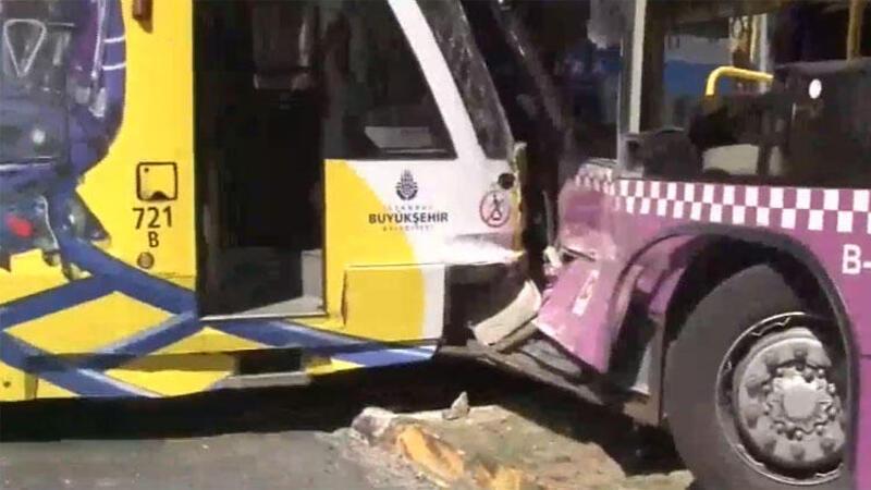 Son dakika... Kabataş'ta tramvay halk otobüsüne çarptı
