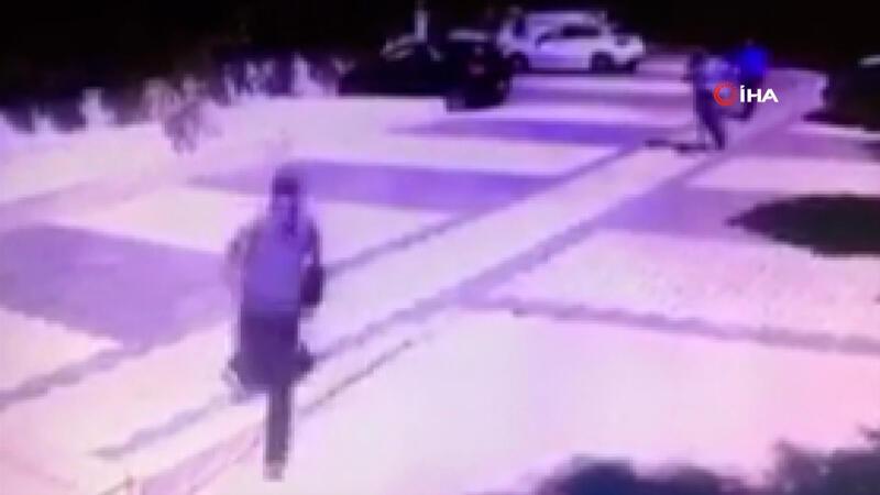 Bisiklet çalmaya çalışan hırsızları böyle kovaladılar