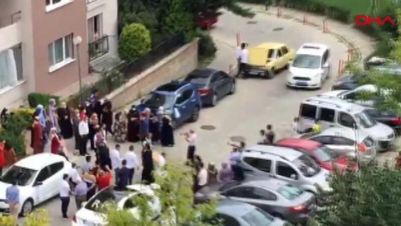 Site içinde davullu zurnalı düğüne polis müdahalesi