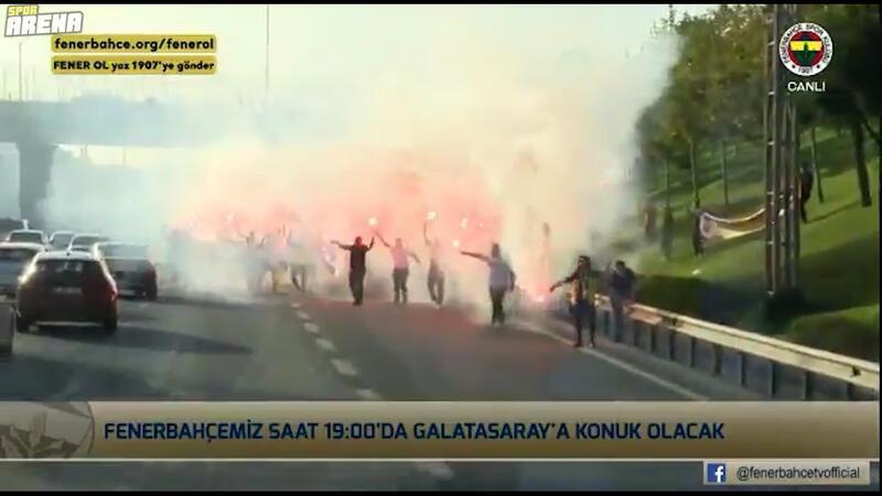 Fenerbahçe taraftarından derbi öncesi takıma sürpriz!