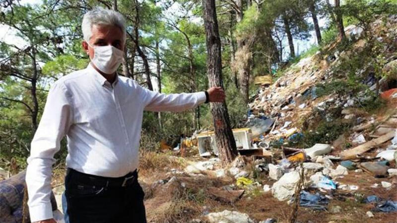 Ormana çöp atılmasına muhtardan tepki: Bunun adı vicdansızlık