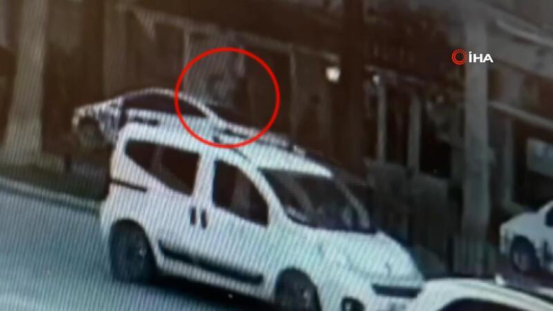 Trafikte tartıştığı kişiyi sokakta görüp başından yaraladı