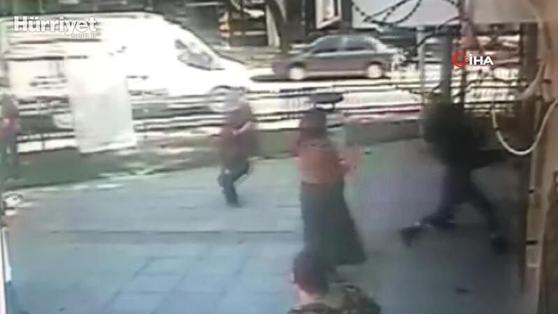 İstanbul'da sağlık çalışanlarına çirkin saldırı kamerada