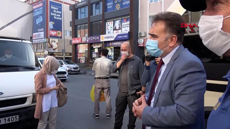 Arnavutköy'de ayakta yolcu taşıyan minibüs sürücüsü, kaymakama yakalandı