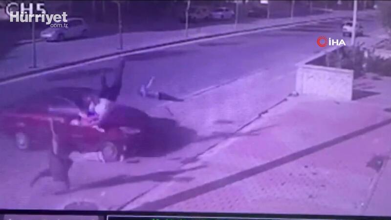 Baba ve oğlunun öldüğü feci kaza kamerada