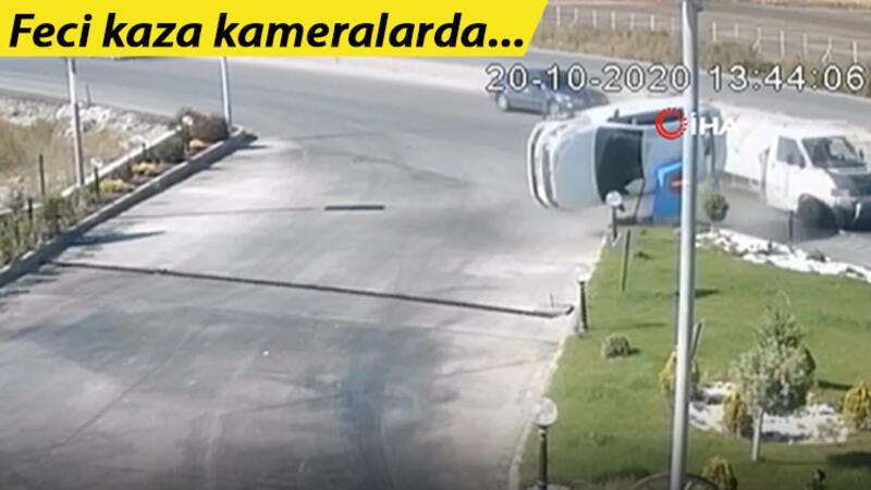 Kamyonetle çarpışan otomobil takla attı, kaza kameraya yansıdı