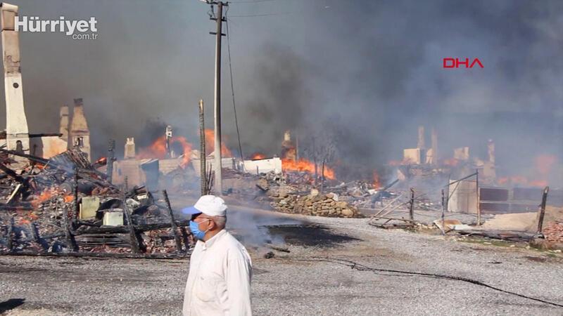 Bolu'nun Kuzfındık Köyü'nde yangın çıktı