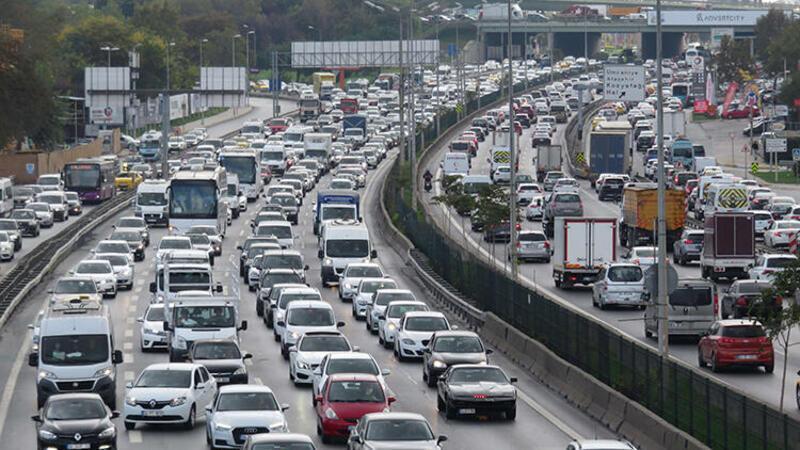Son dakika... İstanbul'da tatil trafiği başladı
