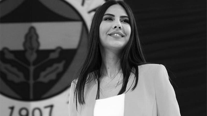Arşiv | Dilay Kemer hastalığa yakalanmadan önce Fenerbahçe taraftarının önünde...