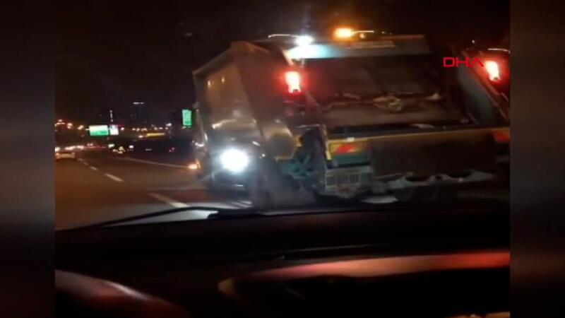 Başakşehir'de çöp kamyonunun tehlikeli yolculuğu kamerada