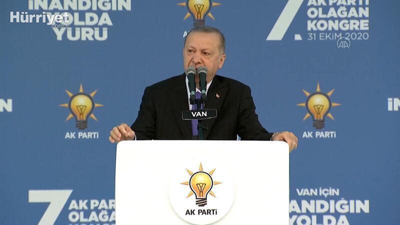 Cumhurbaşkanı Erdoğan: Tüm imkanlarımızla deprem anından itibaren İzmirli kardeşlerimizin imdadına koştu