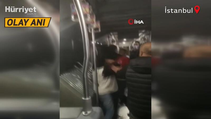 Son dakika... Metrobüste bıçaklı yan baktın kavgası