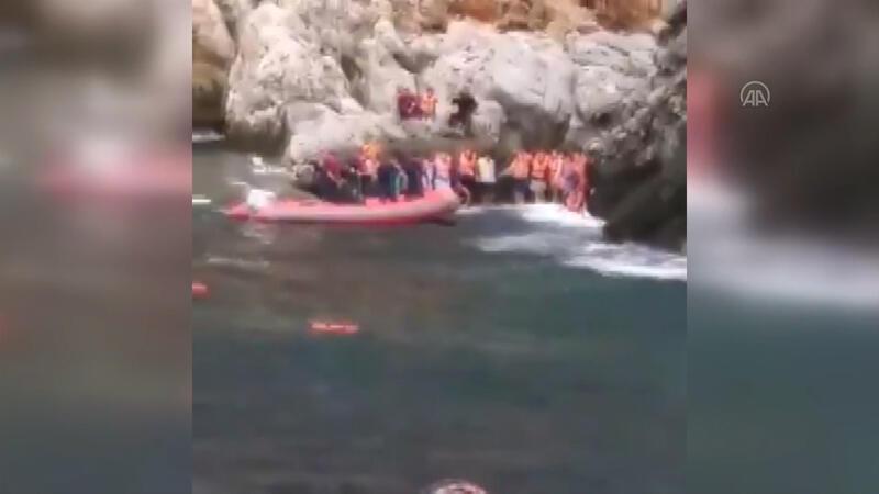 Alanya'daki batan tur teknesinde mahsur kalanları kurtarma anları