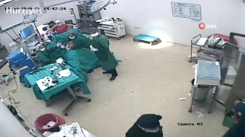 Depreme ameliyatta yakalandılar... O anlar kamerada