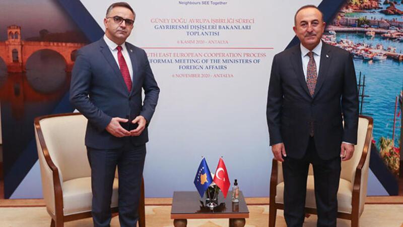 Bakan Çavuşoğlu, Kosova Başbakan Birinci Yardımcısı Tahiri ile bir araya geldi