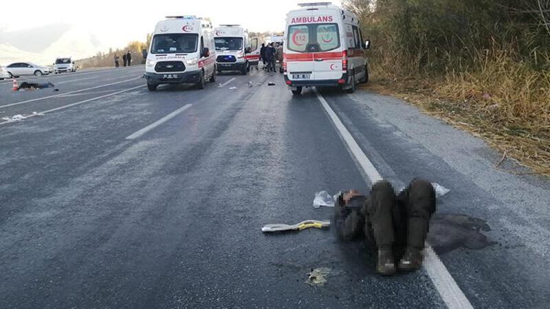 Van'da mültecileri taşıyan minibüs kaza yaptı