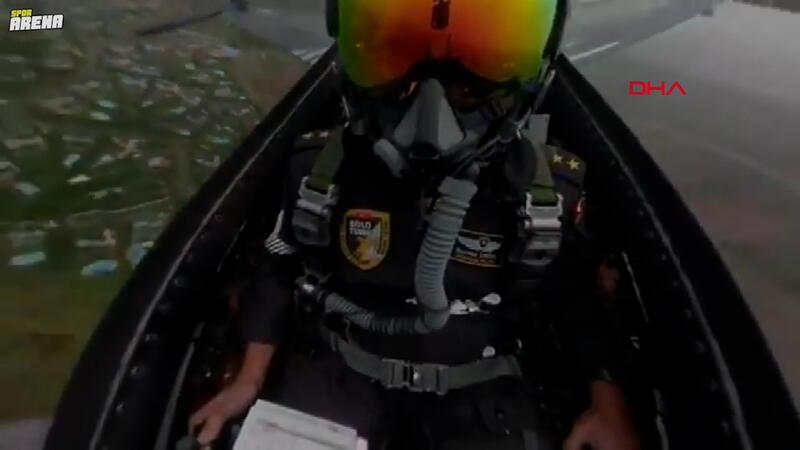 Formula 1'de SOLOTÜRK'ten gösteri uçuşu