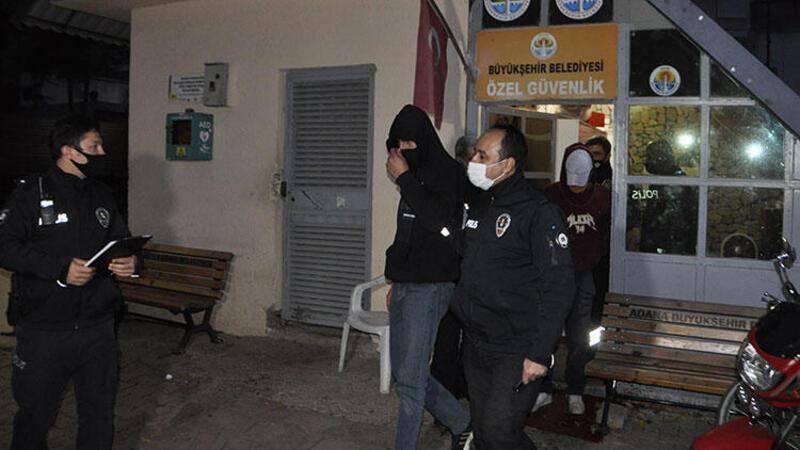 Parkta darbettikleri kişinin parasını gasbetmeye çalışan iki saldırgan yakalandı