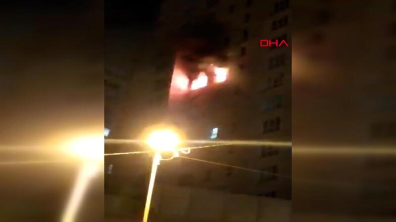 Esenyurt'ta 30 katlı binada yangın paniği
