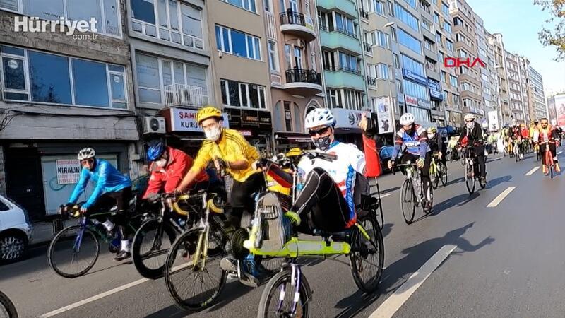 Engellere karşı Şişli'den Üsküdar'a pedal çevirdiler