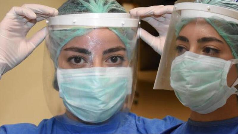Covid servisi hemşiresi Akyol: Her gün 'virüs kaptık mı?' endişesiyle çalışıyoruz