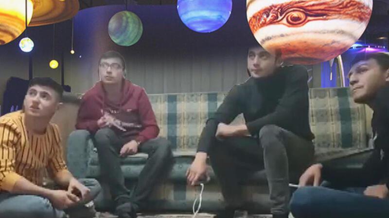 Son dakika: Güneş sistemini tartıştıkları videoları binlerce izlenen Konyalı gençler konuştu