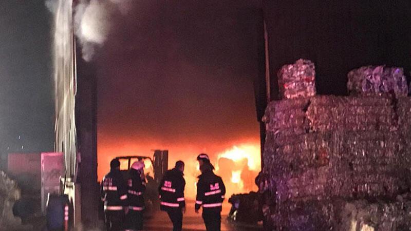 Kocaeli'de korkutan fabrika yangını