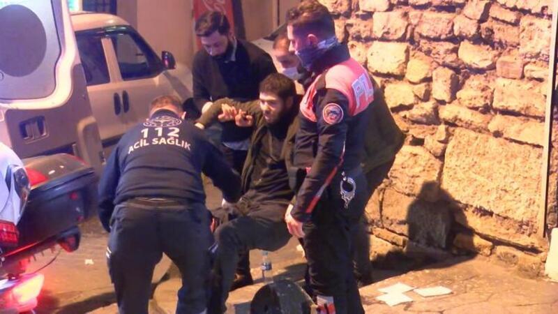 Beyoğlu'nda silahlı saldırıda 2 kişi yaralandı