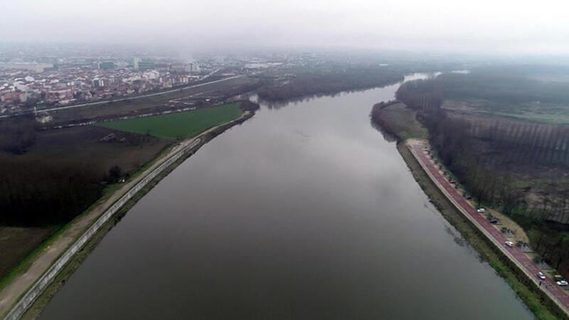 """Şiddetli yağışlar nedeniyle Tunca Nehri için """"sarı alarm"""" verildi"""