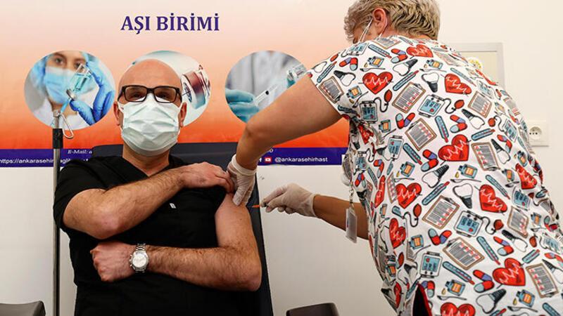 Bilim Kurulu üyesi Doç. Dr. Afşin Emre Kayıpmaz, koronavirüs aşısının ilk yan etkilerini anlattı