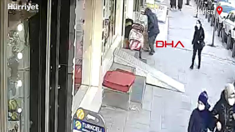 Sultangazi'de sokak ortasında çocuk kaçırma girişimi iddiası kameraya yansıdı