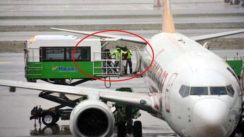 Bir yolcunun bilinç kaybı yaşaması üzerine uçağı pilotu, İstanbul Havalimanı'na acil iniş yaptı