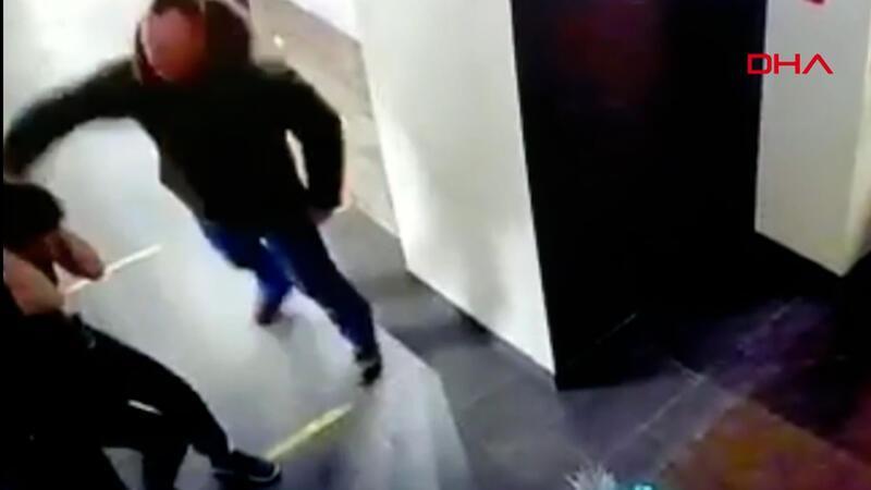 Dehşeti yaşattı! Kendisine içki satmayan kafedeki garson kadını dövdü