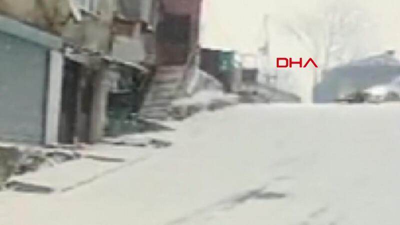Kağıthane'de kayıp yere düşen bir kişiye otomobil çarptı