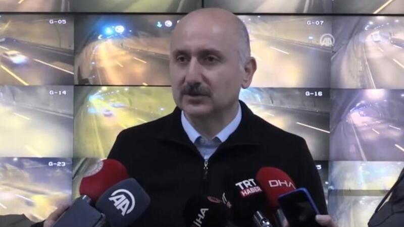 Bakan Karaismailoğlu, Bolu Dağı Tüneli'nde incelemelerde bulundu