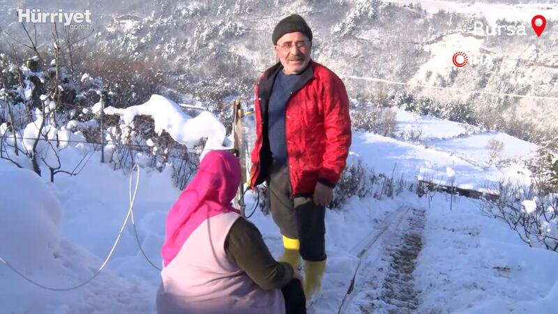 Sevdiği kadın için dağa 70 metrelik teleferik yaptı