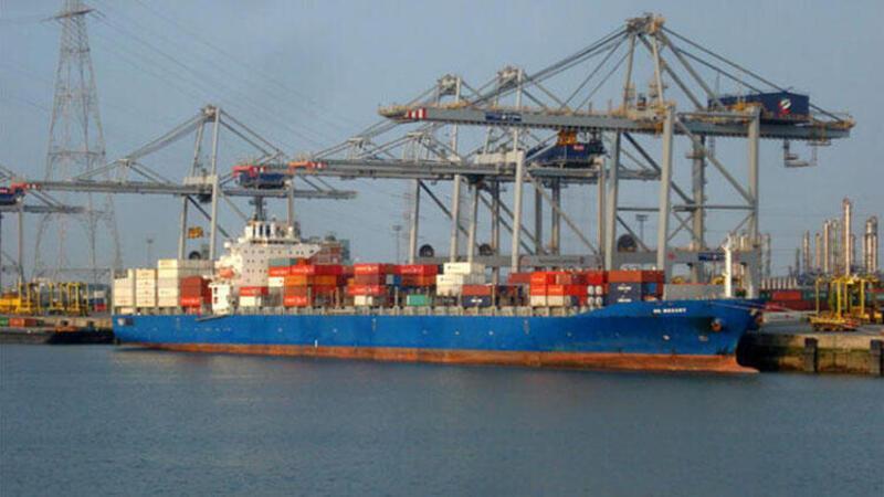 Gine'de Türk gemisine saldırı