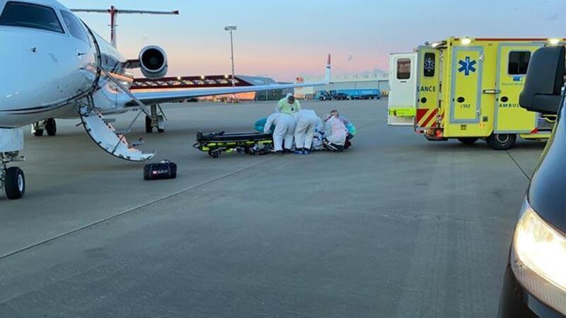 Koronavirüs hastası Türk, Hollanda'dan ambulans uçakla Türkiye'ye getirildi