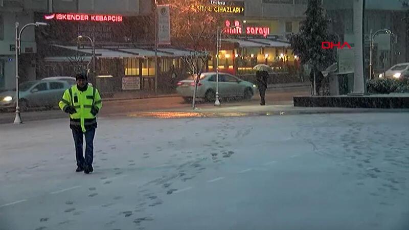Tekirdağ'da kar yağışı etkili oldu