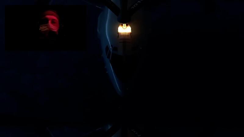 TSK bünyesindeki tanker uçağı, NATO savaş uçağına gece vakti yakıt ikmali yaptı