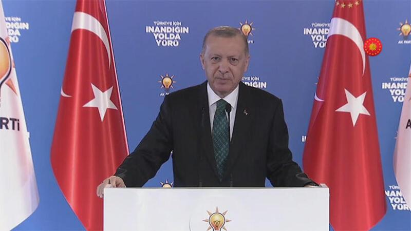 Cumhurbaşkanı Recep Tayyip Erdoğan, partisinin ilk kongrelerinde konuştu