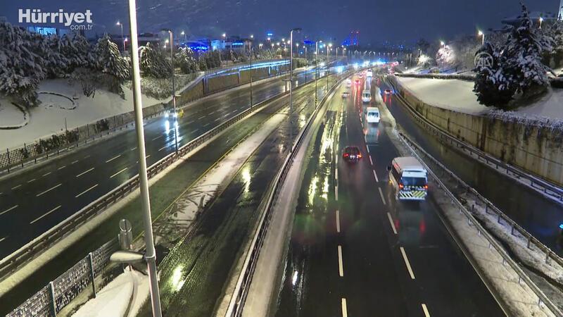 İstanbul'da haftanın ilk gününde trafik sakin seyrediyor