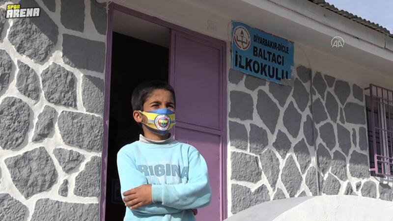 Diyarbakırlı çocuklar, Fenerbahçeli Mame Thiam'ı köylerine bekliyor