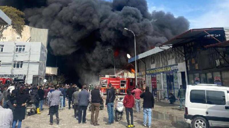 Hatay'da sanayi sitesinde yangın paniği