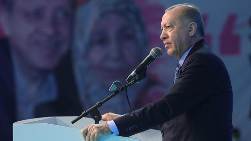 Cumhurbaşkanı Recep Tayyip Erdoğan, AK Parti İzmir 7. Olağan İl Kongresi'nde açıklamalarda bulundu