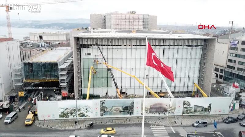 Taksim'deki AKM'de son durum havadan görüntülendi