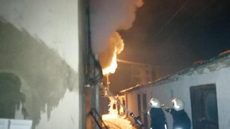 Van'da bir evde çıkan yangın kontrol altına alındı