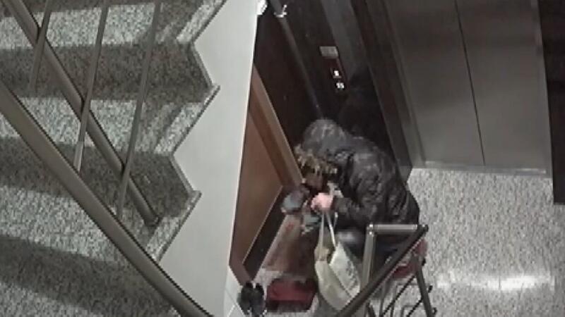İstanbul'da 3 ilçede ayakkabı çalan hırsız kamerada